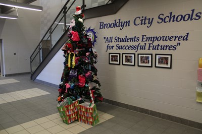 Brooklyn Cares Holiday Wishes Program